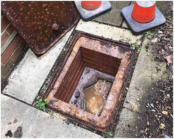Blocked External Drain in Cookridge